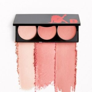 Betty Boop  Blush Palette